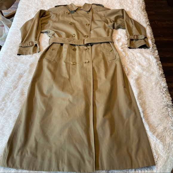 Burberrys Women's Trench Coat, Size 8 XX Long